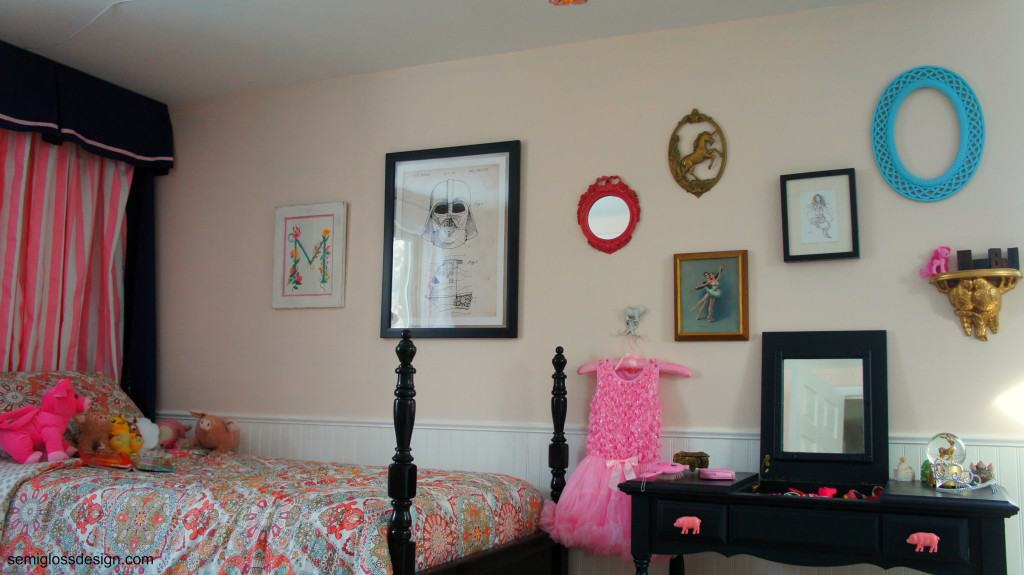 gallery wall in girl's room