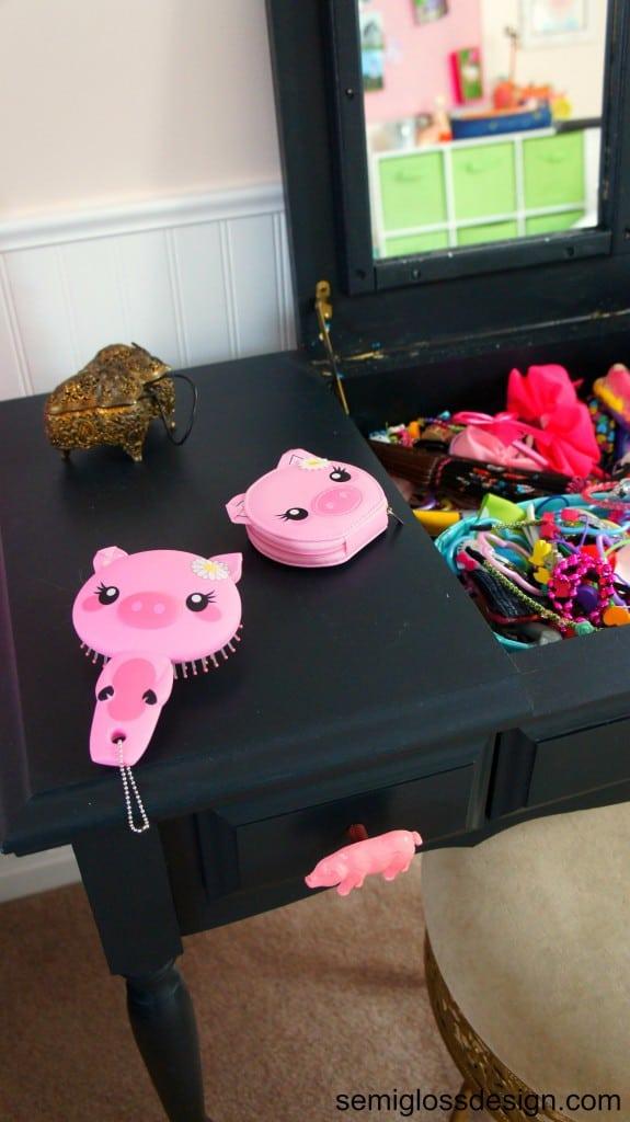 pig accessories on vanity