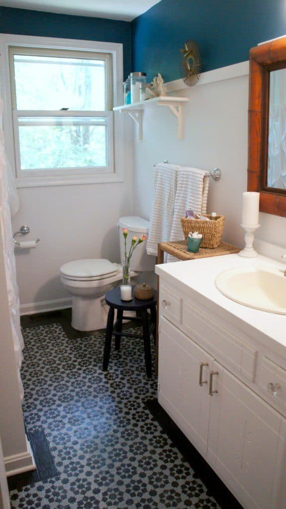 stenciled bathroom floor