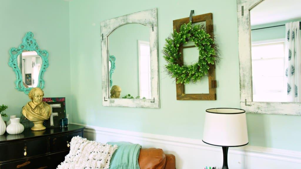mirror frames in living room