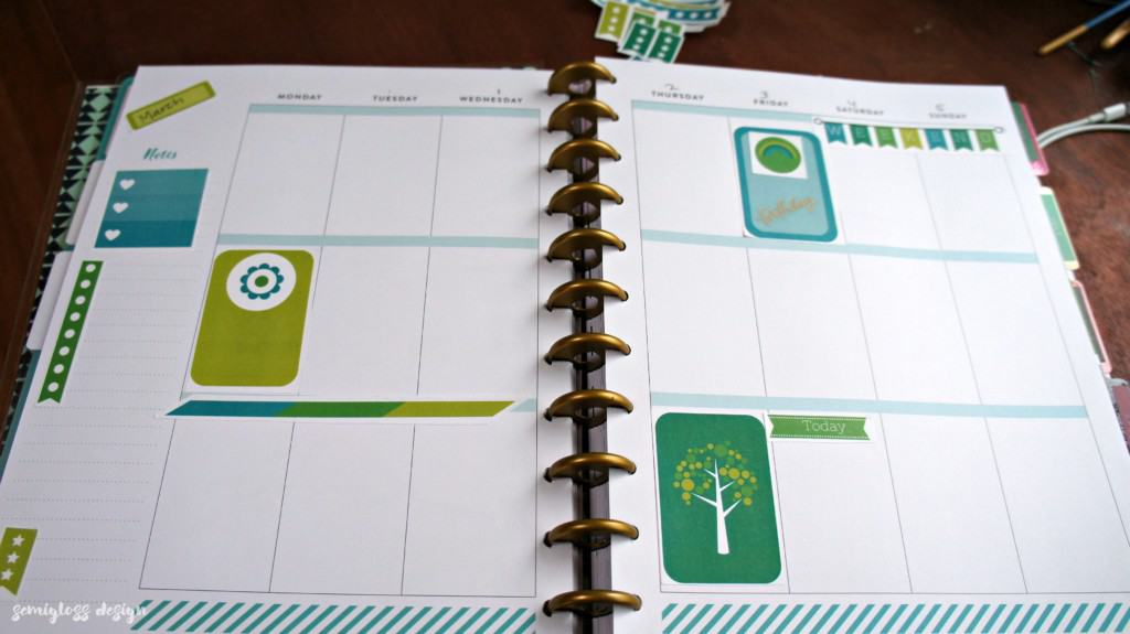 Aqua and green March Big Happy Planner Stickers free for you to print at home. Make your planner pretty with free stickers!