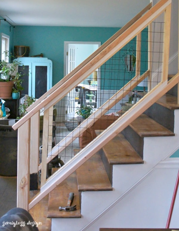 Must see modern diy stair railing makeover tutorial for Diy staircase makeover