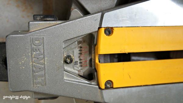 set miter saw to correct angle
