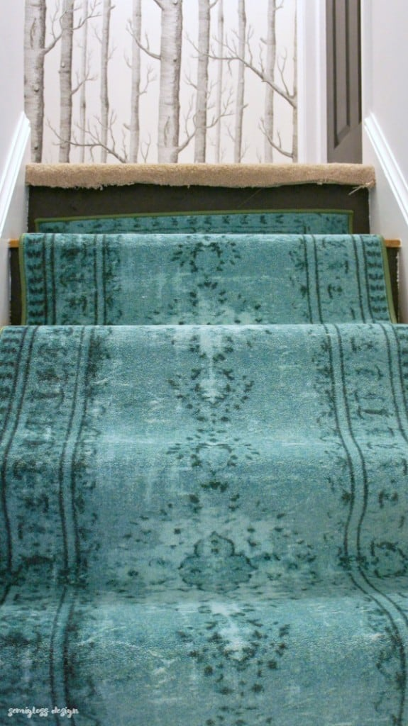 Center carpet on stairs