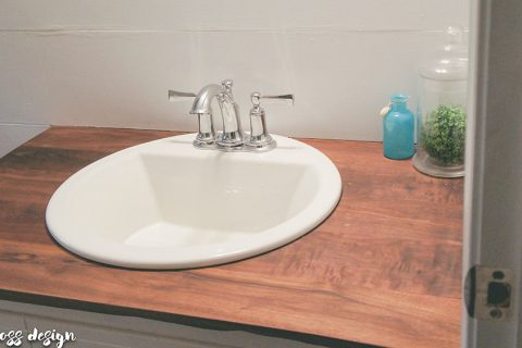 build wood countertops | bathroom upgrade | DIY wood countertops | DIY bathroom countertops | budget friendly countertops | DIY countertops