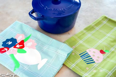 decorative tea towels | heat transfer vinyl project | silhouette project | die cut machine project | DIY tea towels | dish towels | cute tea towels | free cut files | tea towel vinyl | HTV
