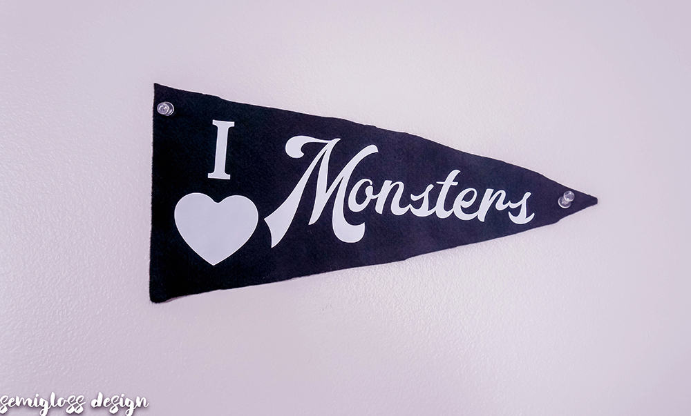 monsters pennant