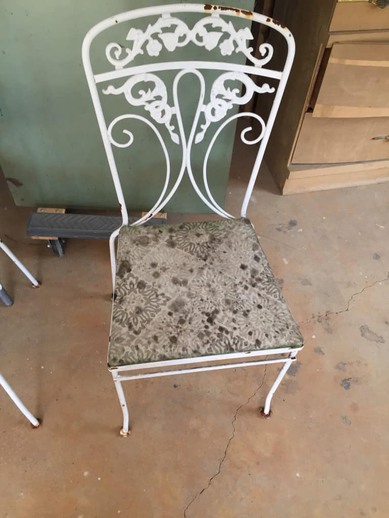 patio furniture before painting