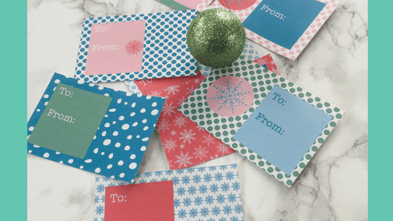 So cute! Snowflake gift tags that can be printed on sticker paper. #christmasgifts #christmasgiftwrap #gifttags #printablegifttags