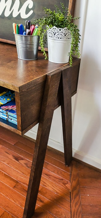 angled legs of desk