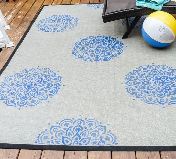 stencil a rug