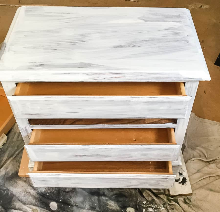 Primed chest of drawers