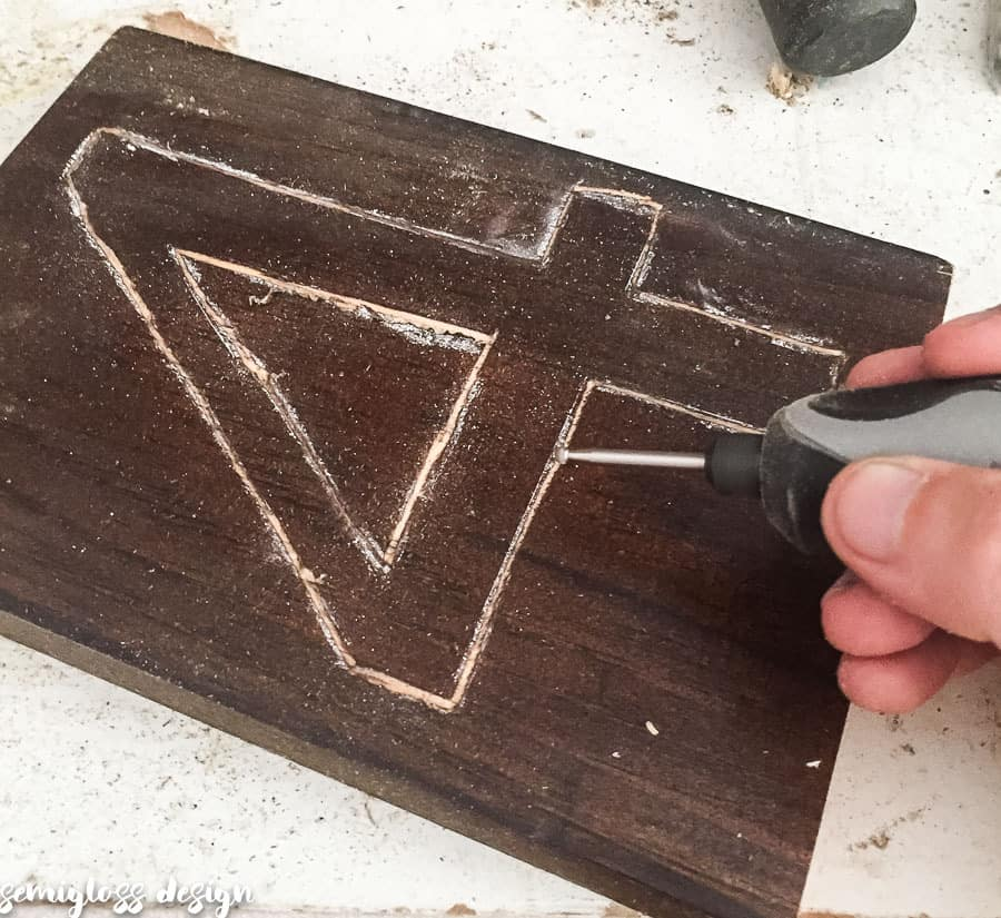 carve outside of traced number