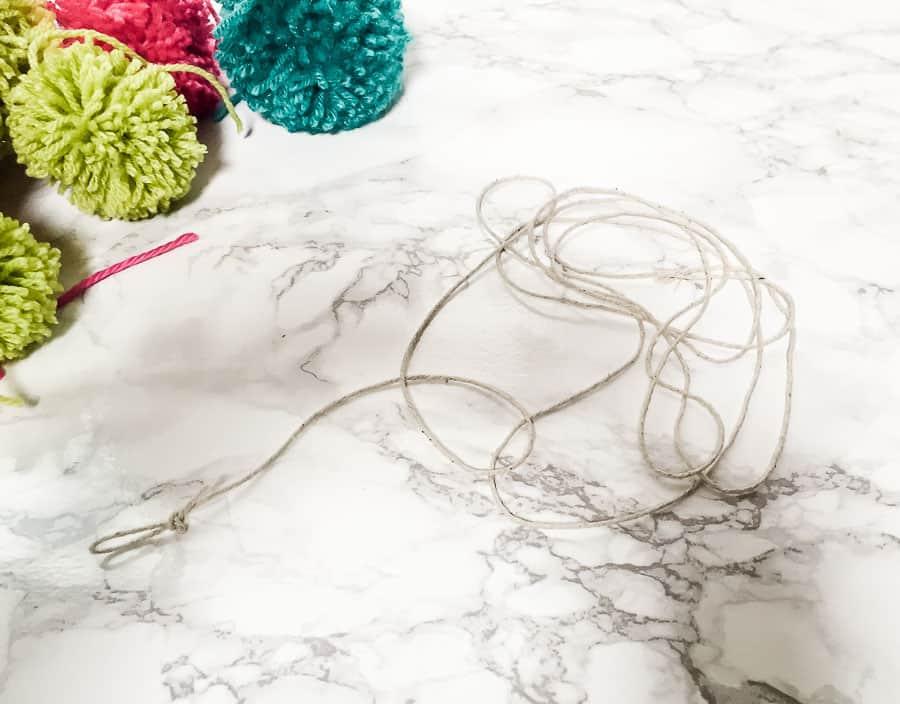 tie loops at ends of rope