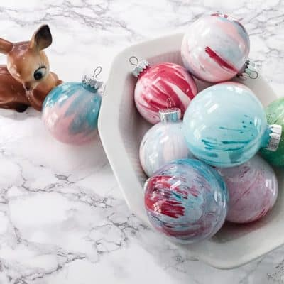 Make Your Own Christmas Ornaments: Paint Swirl Ornaments