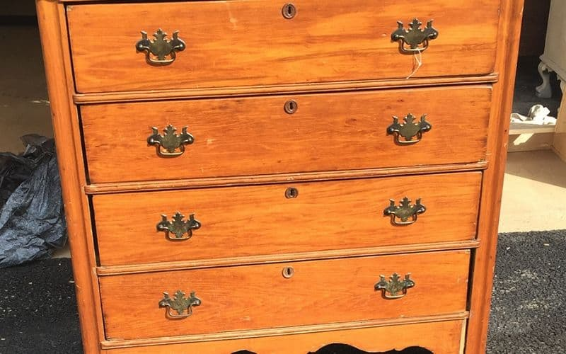 remove musty smells from dressers