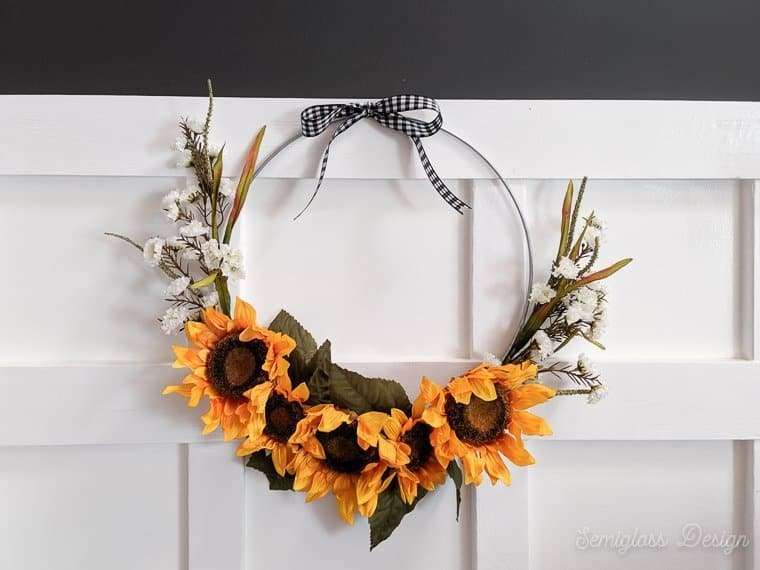 sunflower wreath with buffalo check ribbon