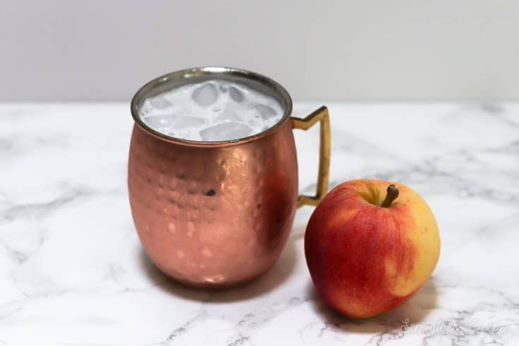moscow mule and apple