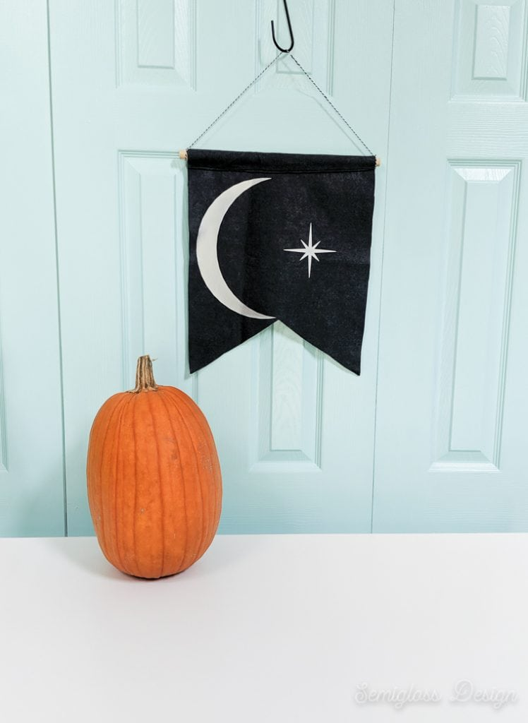 moon banner for halloween with pumpkin