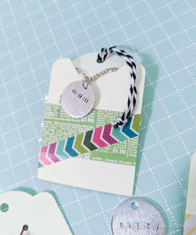 packaging for the necklace to give as a gift