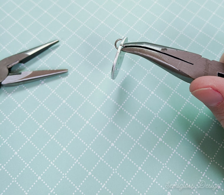 attaching o ring to jewelry blank to make pendant