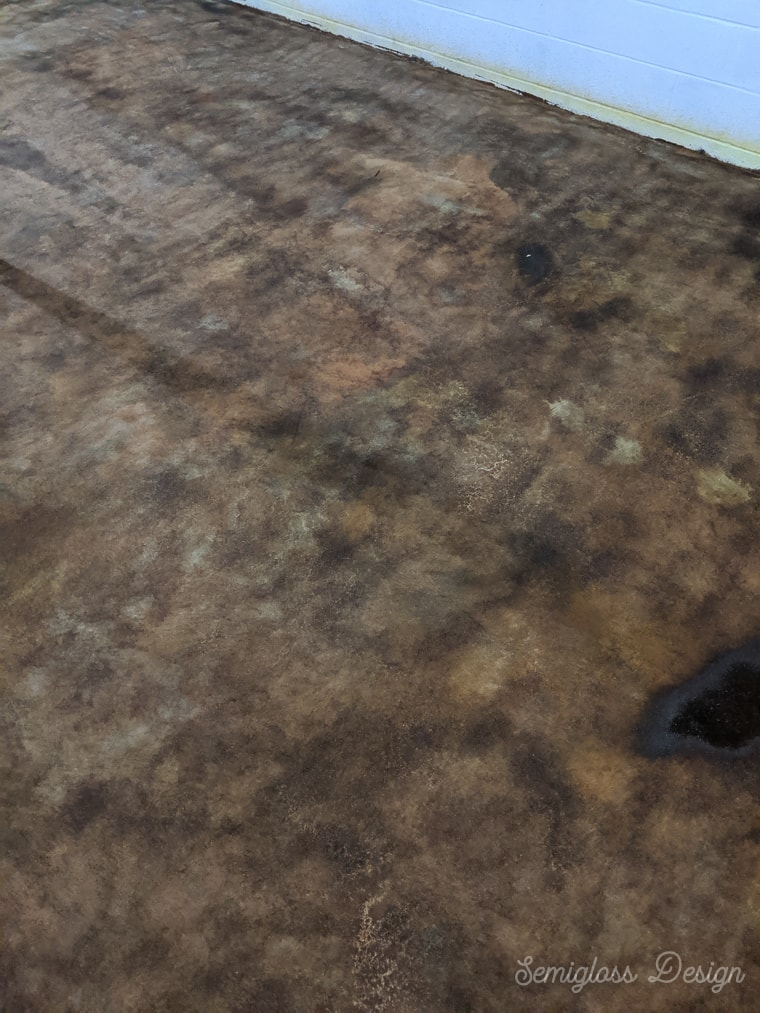 concrete stain in basement drying