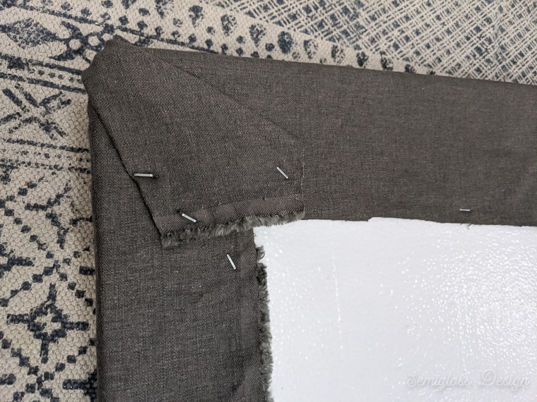 fabric corners of pinboard