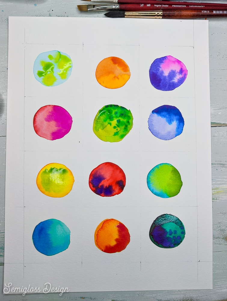 circles of watercolor paint