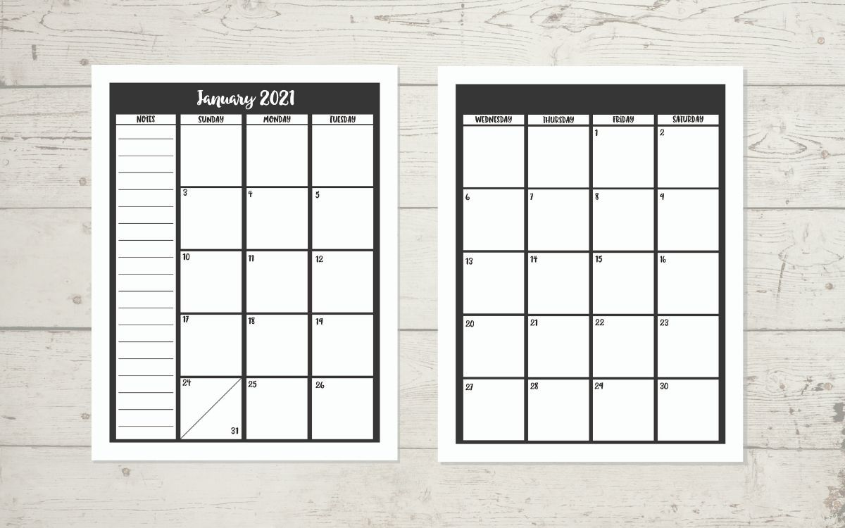 2021 calendar on wood background