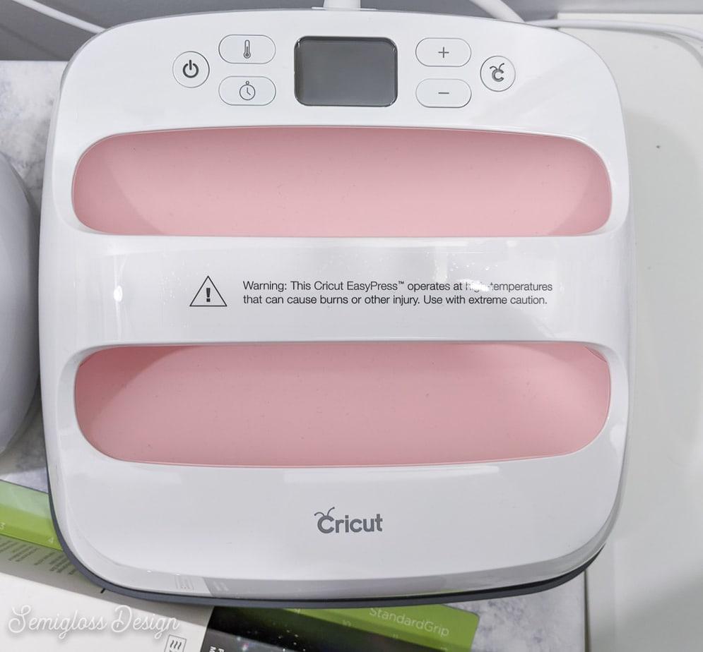 pink cricut easy press