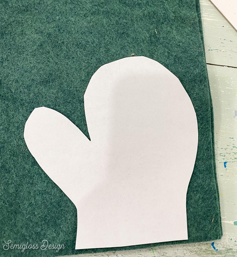 cutting felt mittens