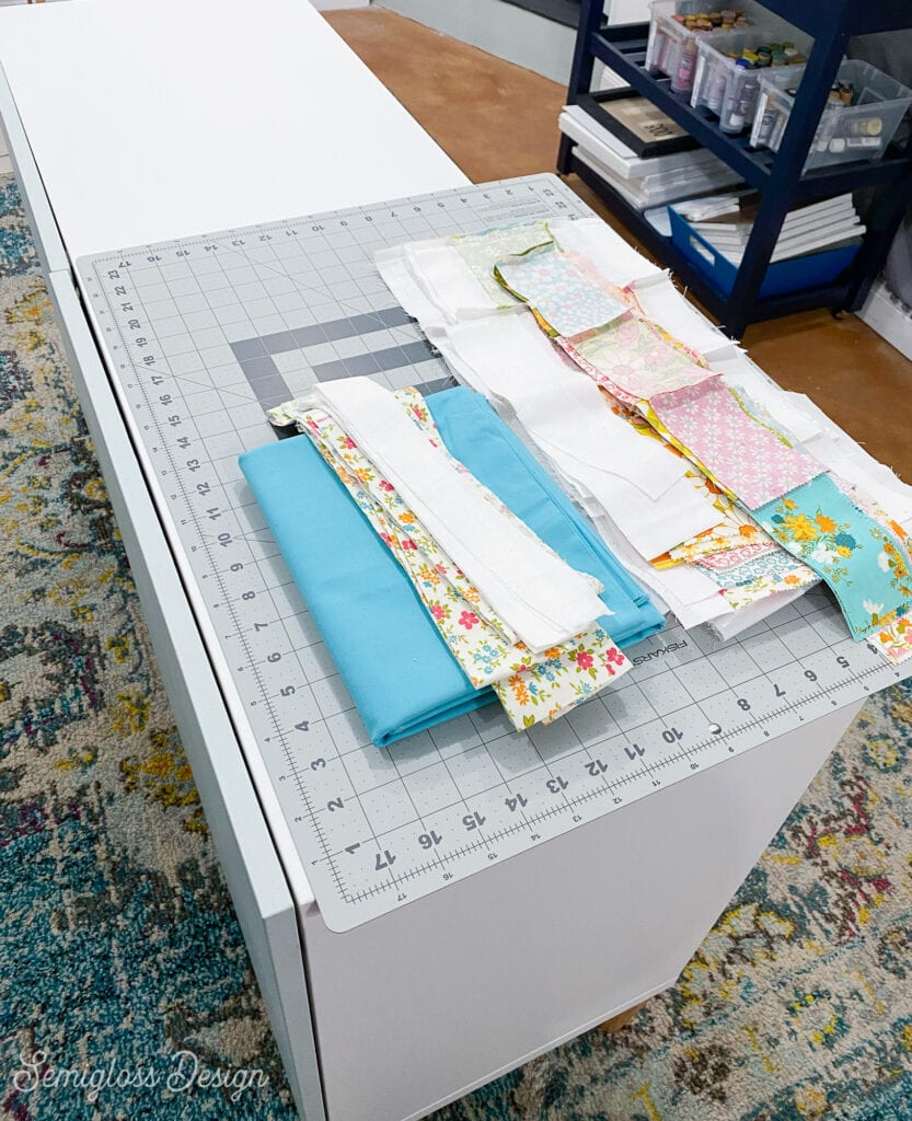 quilting fabric on cutting mat