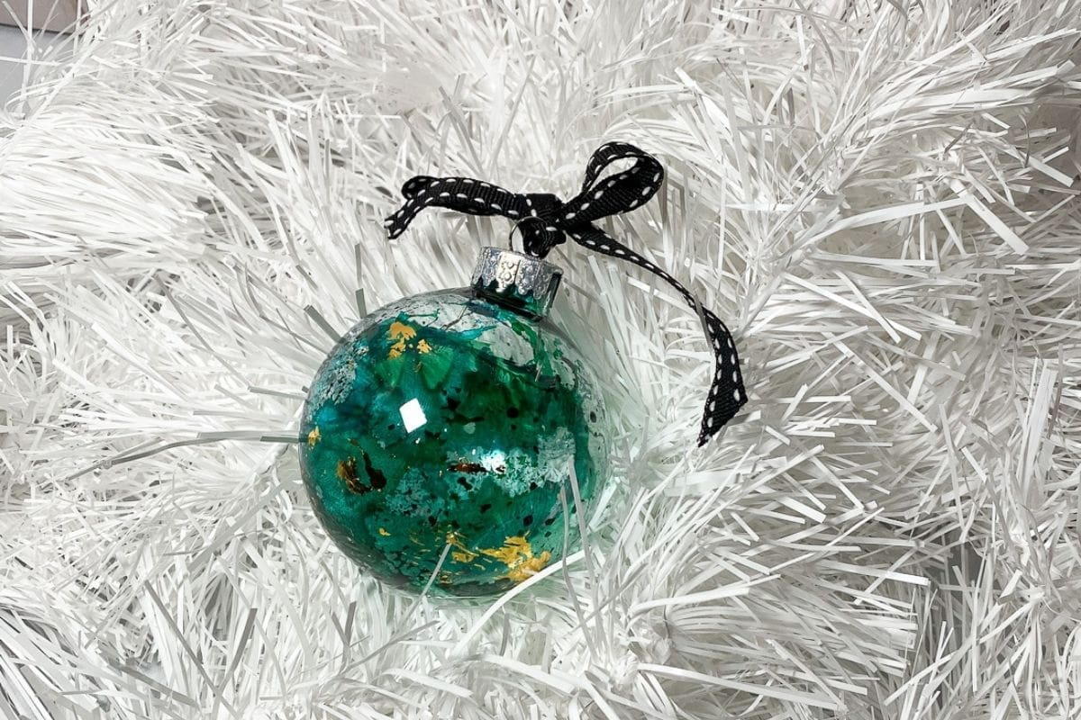 green alcohol ink ornament with gold leaf